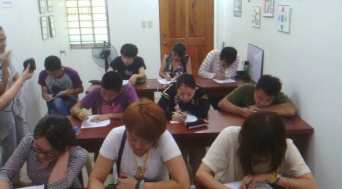2時間半にも及ぶ英語レベルチェックテストが行われた。
