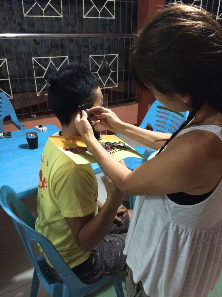 フィリピンで美容師復活