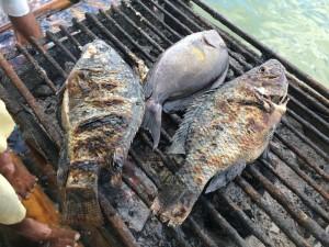 一匹の魚をどんどん焼いてくれます