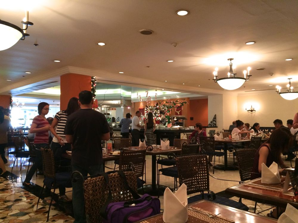 マニラのザ ヘリヘリテージホテルの1階レストラン