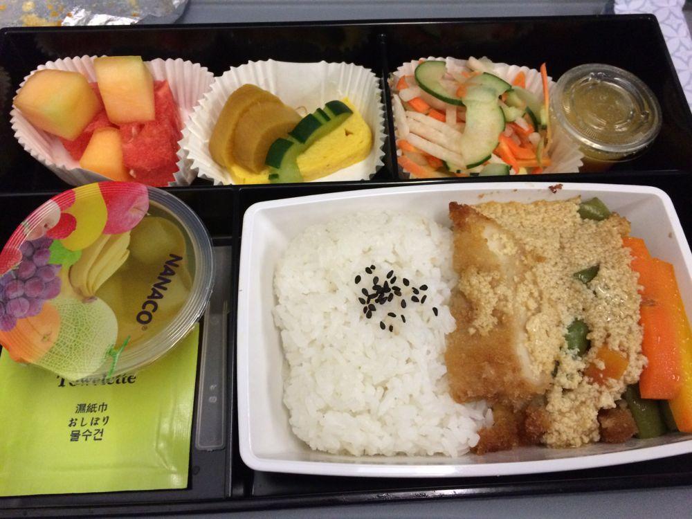 フィリピン航空の料理はおいしかった